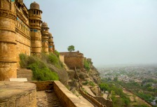 Cliffside Rajasthan Fort in Jaipur, India