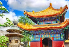 Touring Yonghegong Lama Temple, top attraction in China