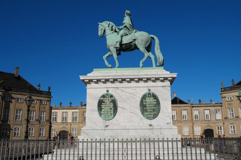 Amalienborg in Copenhagen, Denmark_995861_P