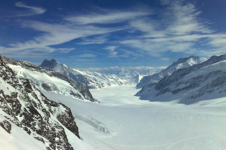 Splendid mountains Jungfrau-Switzerland_197413-P