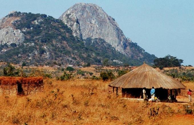 Mozambique & Zimbabwe Explorer (Southbound) tour