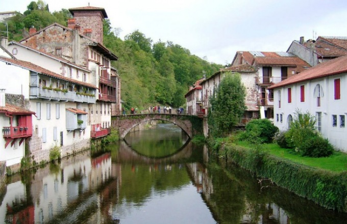 Best of Basque Country of Spain & France in 9 Days Tour tour