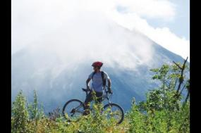 Costa Rica on Two Wheels tour
