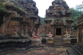 Fascinating Vietnam, Cambodia & the Mekong River with Luang Prabang, Hanoi & Ha Long Bay - Southbound tour