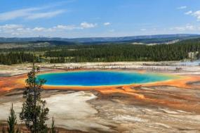 10-Day Canadian Rockies and Yellowstone Tour From Seattle tour