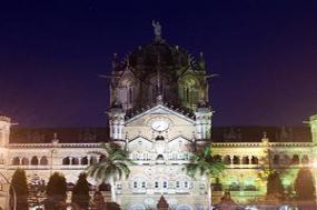 Icons of India: The Taj, Tigers & Beyond with Southern India & Varanasi tour
