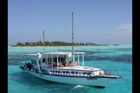 Maldive Dhoni Cruise tour