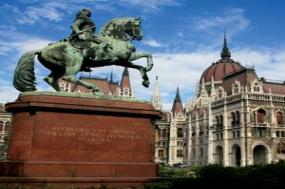 From the Black Sea to the North Sea with 2 Nights Transylvania tour