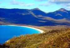 Tasmania tour Wineglass Bay