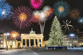 7-Day Imperial Cities Tour w/ New Year's Eve in Berlin tour