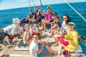 YOLO CRUISE - Santorini to Mykonos tour