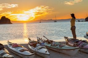 Isla Espiritu Santo Kayak Sojourn tour