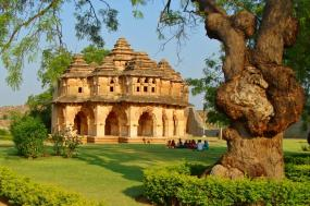 Touring South India: Hyderabad, Houseboats and Goa's Beaches tour