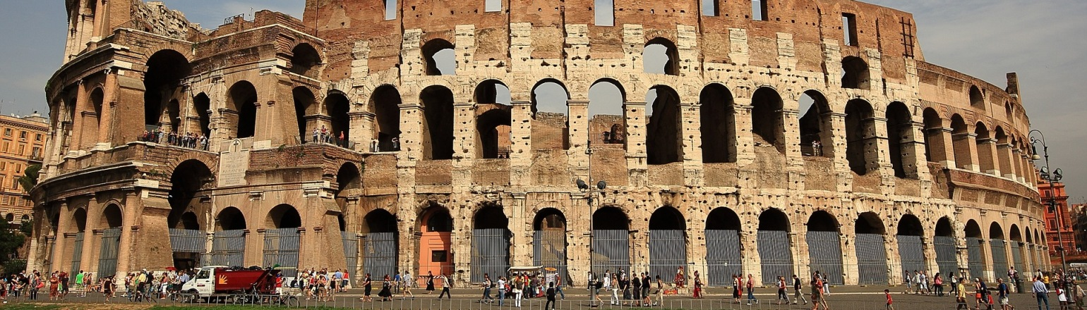 The Colosseum, top Italy tour attraction in Rome