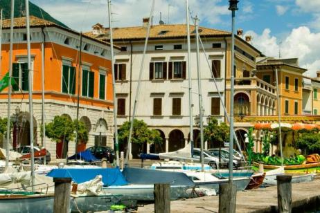 Walking in Italy: The Italian Lakes tour
