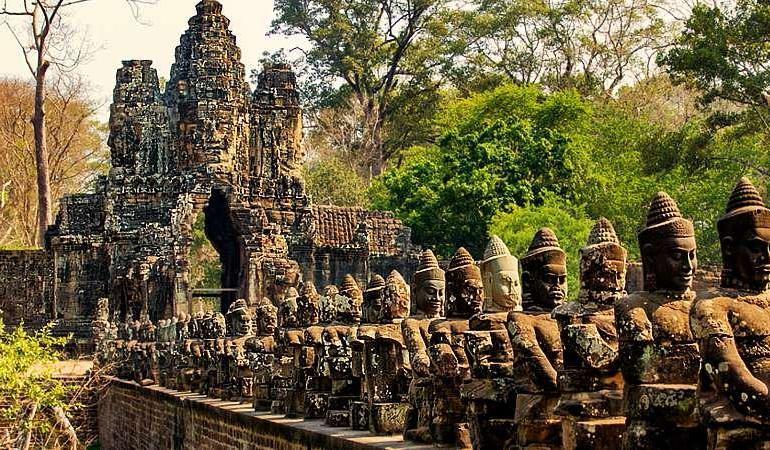 Vietnam & Cambodia Encounters tour