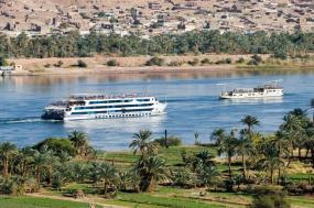 Ancient Egypt And Modern Dubai tour