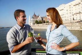 Budapest Cocktail & Beer Cruise tour