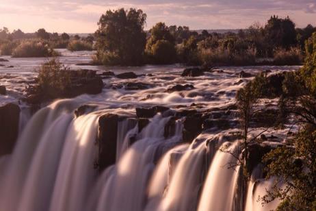 Falls, Beaches & Serengeti Adventure (Northbound) tour