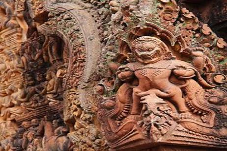 Enchanting Vietnam with Siem Reap & Bangkok tour