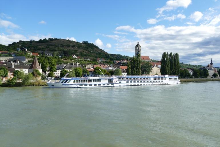 Mountain River cruise-Austria_3522073_1920_p