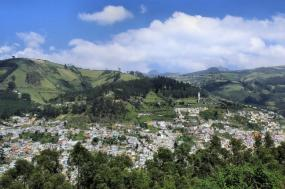 Highlights of the Andes | Otavalo Market & Surroundings