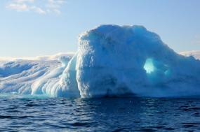 Expedition to Greenland and the Canadian Arctic - Wilderness, ice and unforgettable adventure tour