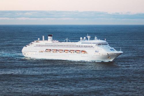 Large Ship Cruise