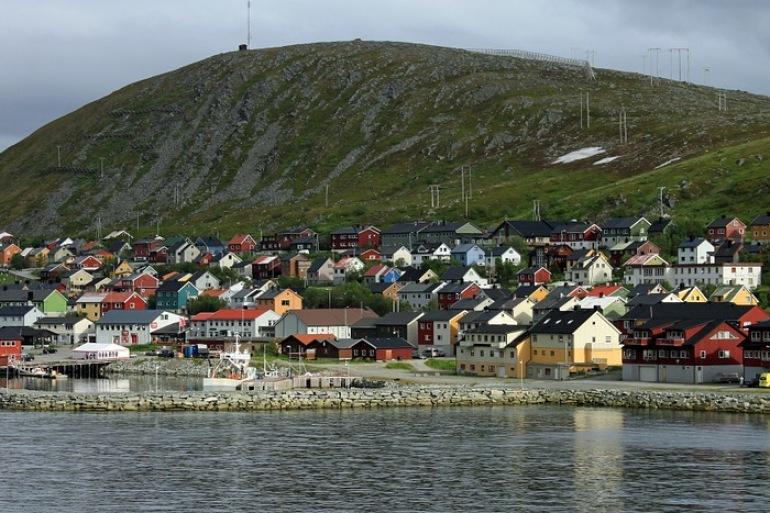 Quiet villages-Norway_666136_P