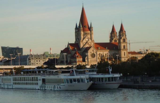 Danube Waltz tour