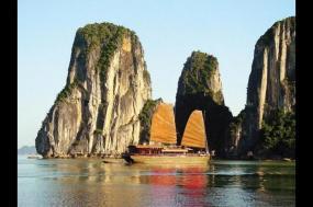Family Discover Vietnam tour