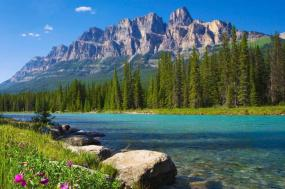 Iconic Rockies and Western Canada with Rocky Mountaineer Goldleaf and Alaska Cruise Ocean View Stateroom Summer 2018
