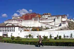 15 Day Tibet & Yangtze River Escapade Experience tour