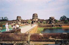 Indonesia, Myanmar and Cambodia: Borobudur, Bagan and Angkor Wat tour