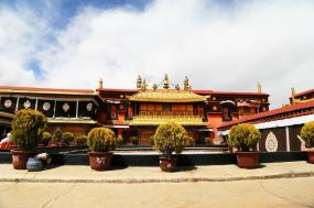 Himalayan High: Tibet, Nepal and Bhutan tour