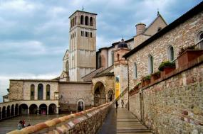 Medieval Umbria: Walking From Assisi To Spoleto tour