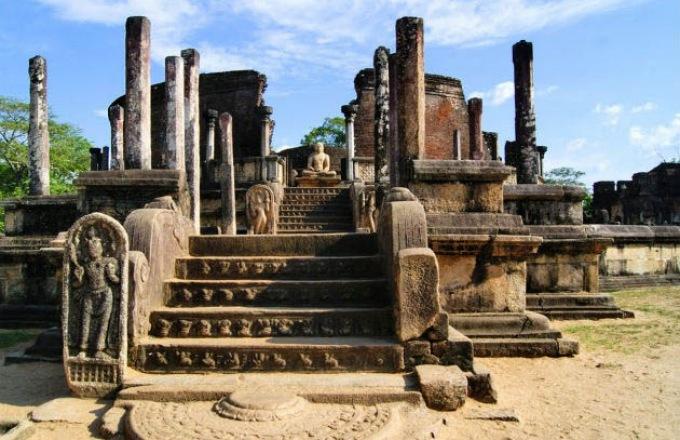 Natural Wonders of Sri Lanka tour