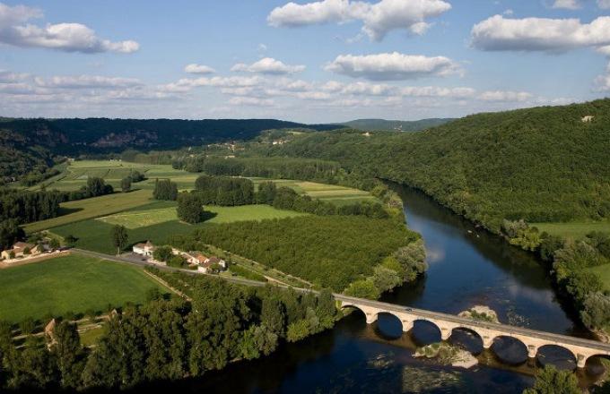 Bordeaux, Vineyards & Châteaux  tour