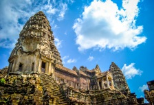 Touring temples in Cambodia, top travel experience