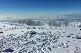 Mt. Kenya Luxury Specification tour