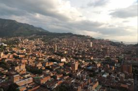 Tierra Paisa – Coffee Triangle and Medellin 5 Days tour