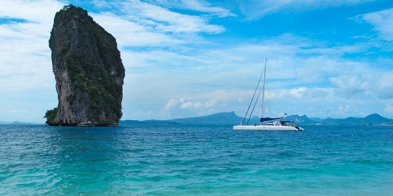 Sailing Thailand - Ko Phi Phi to Phuket tour