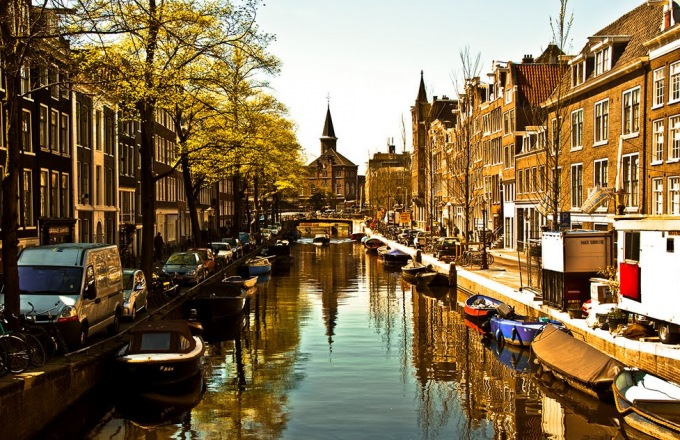Old Meets New: An Extraordinary Crossing, Amsterdam to New York City tour
