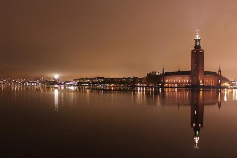 CityHall-Reflection-Sweden_800855_P