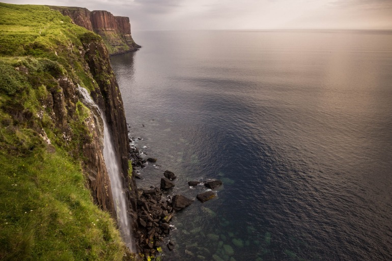Massive waterfall of Isle Of Skye-Scotland_ 913839_P