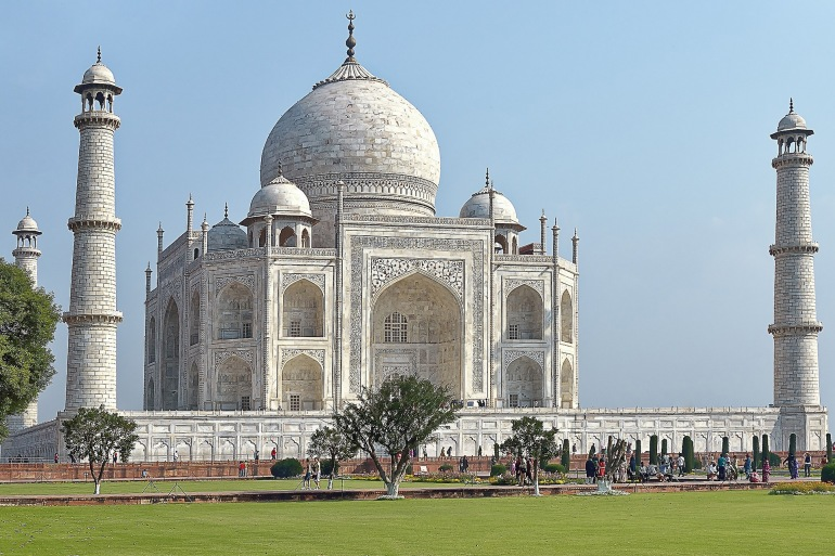 Beautiful and Architectural Taj Mahal, India