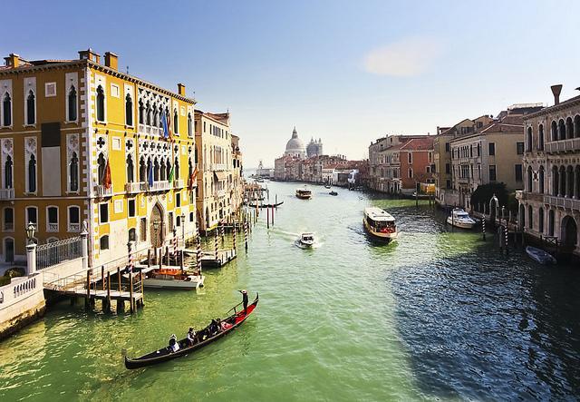 Verona, Dolomites & Venice Private tour