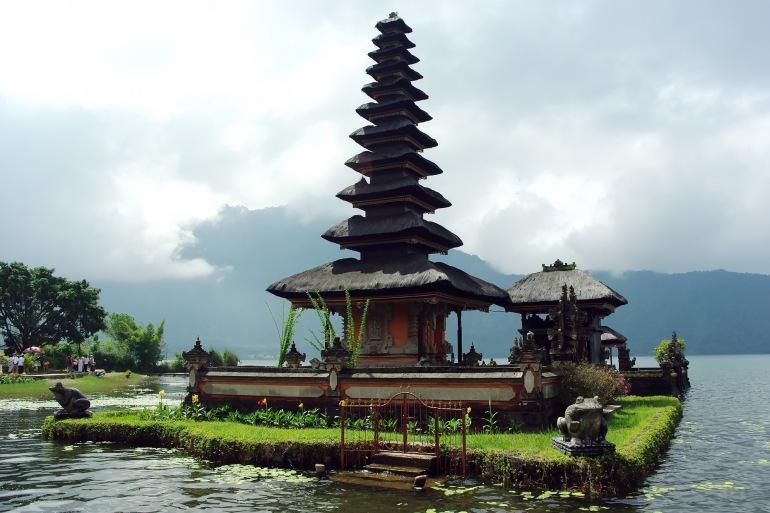 Beautiful water temple-Indonesia-1578647-P