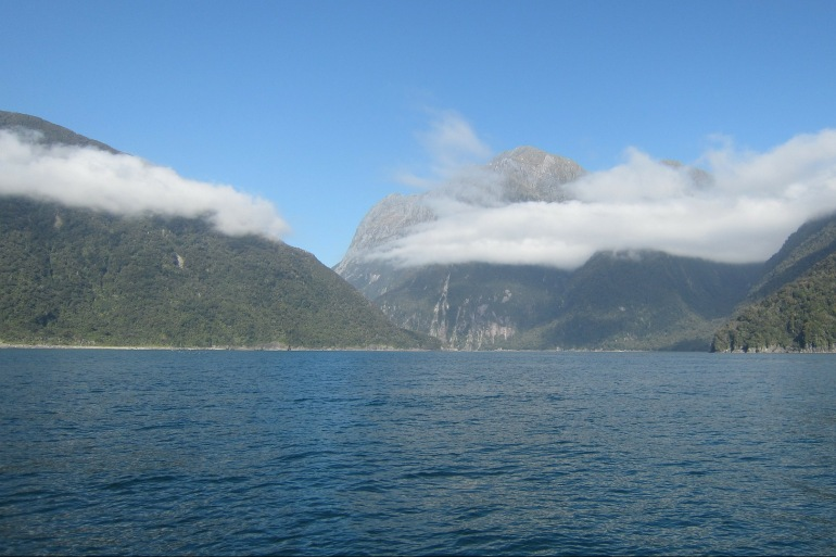 Milford Sound view at New Zealand_P