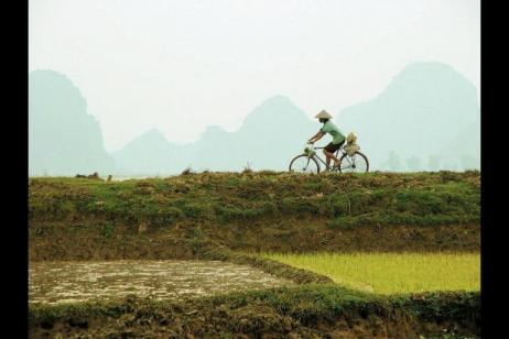 Cycle Saigon to Hanoi tour